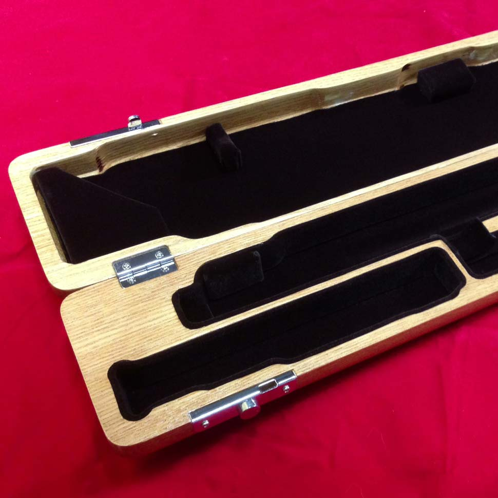 Wooden-Flute-Case-for-B-foot-Flute-Solid-Oak-BEAUTIFULLY-FINISHED